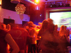 salsa in deutschland salsa club 39 latin dance night linie 9 39 in griesheim bei darmstadt. Black Bedroom Furniture Sets. Home Design Ideas